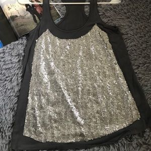 3/$18 Sparkly sequin detailed sleeveless top